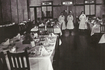 Harvey Girls In Harvey Hotel Dining Room